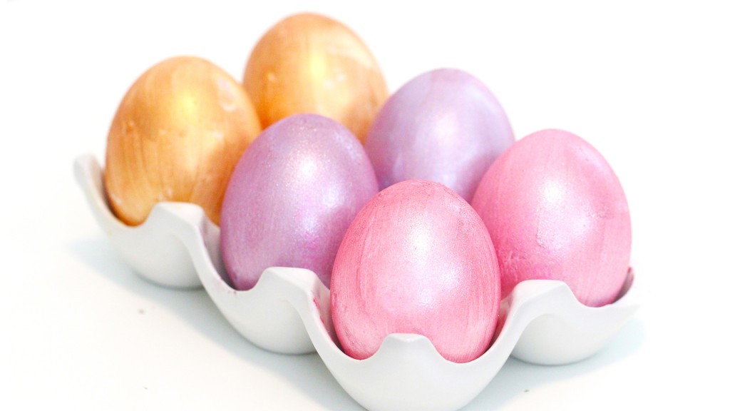 metallic eggs